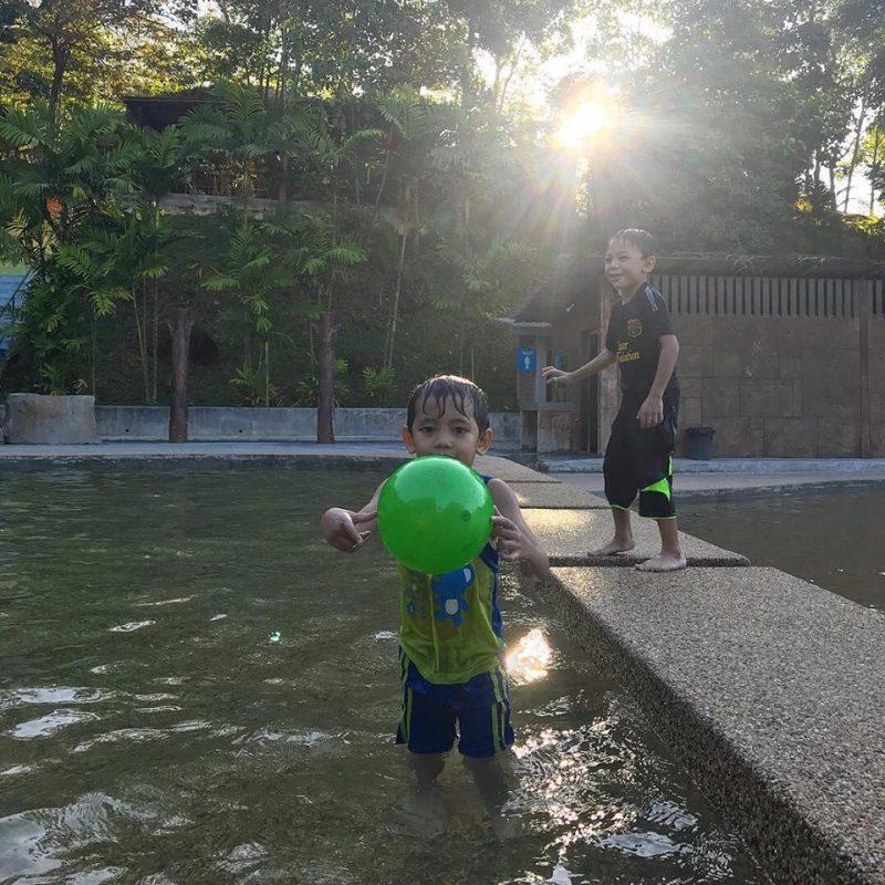 Cuma Bajet RM395, Sebelas Orang Ini Boleh Stay 2 Hari 1 Malam Di Villa, Kelilingnya Alam Semulajadi Lagi Privacy